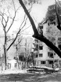 Turist în București: Bombardarea Bucurestiului - 1944 - Ep. 2 British American, Rare Photos, Romania, Past, Outdoor, Bucharest, Outdoors, Past Tense, The Great Outdoors