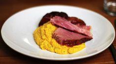 Ukens matblogg: Klassisk svineknoke med rotmos