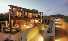 What a Casa! Makes me want to wear roller skates!  Case Pulmo green beach house.