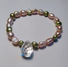 Armband  parels met facetgeslepen bergkristal. van Atelier925 op DaWanda.com