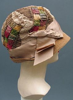 Past Perfect Vintage: A Tribute to The Sublime 1920s Cloche Hat