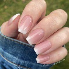 French Manicure Acrylic Nails, Acrylic Nails Coffin Short, Square Acrylic Nails, Best Acrylic Nails, Summer French Manicure, Short French Tip Nails, Short Pink Nails, Natural Acrylic Nails, Summer Acrylic Nails