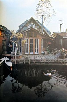 """Houseboat! From """"Happiness Is..."""" Blog."""
