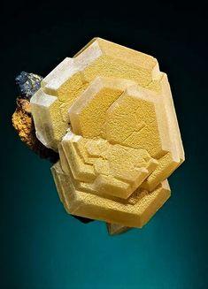 Mimetite - Mt Bonnie Mine, Grove Hill, Victoria-Daly Region, Northern Territory, Australia Size: x x cm Natural Crystals, Stones And Crystals, Natural Gemstones, Gem Stones, Cool Rocks, Beautiful Rocks, Minerals And Gemstones, Rocks And Minerals, Mineral Stone
