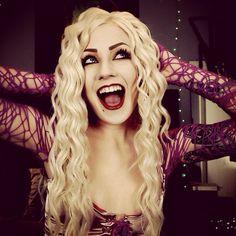 Sarah Sanderson cosplay and makeup. Halloween ideas. Instagram @ TheTrashMask