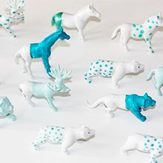 Paint these little animal characters to match your party decor (baby shower/birthday parties)