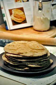 Seemingly Greek: Homemade Wheat Pitas