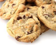 Carob Chip Cookies – Chatfield's Brand Cookies Sans Gluten, Dessert Sans Gluten, Gluten Free Chocolate Chip Cookies, Perfect Chocolate Chip Cookies, Gluten Free Desserts, Chocolate Peanut Butter, Vegan Desserts, Fun Desserts, Paleo Sweets