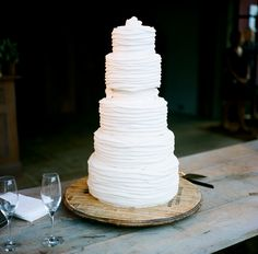 This simple, white, and modern wedding cake was created by Magpies Cakes. Cake for hubby Gorgeous Cakes, Pretty Cakes, Amazing Cakes, White Wedding Cakes, White Cakes, White Weddings, Cake Wedding, Wedding Menu, Indian Weddings