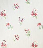 Diseño de flores en este papel pintado de la Colección Little Garden de Limonta.