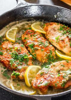 Lemon Chicken Piccata – a simple yet super impressive chicken piccata in a tasty lemon, butter and capers sauce. Perfect with pasta for a quick and delicious dinner. Lemon Chicken Piccata, Garlic Chicken, Chicken Potatoes, Diced Tomatoes Chicken Recipe, Roasted Chicken, Beer Chicken, Glazed Chicken, Boneless Chicken, Chicken Bacon