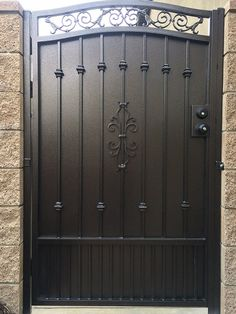 Iron Main Gate Design, Wrought Iron Gate Designs, Gate Wall Design, Grill Gate Design, Wrought Iron Garden Gates, Steel Gate Design, House Gate Design, Fence Design, House Front Gate
