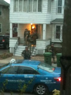 @karen_pryor: Watertown MA 7 Am Swat team just searched my street and my house, guns drawn! 1:06 PM - 19 Apr 2013