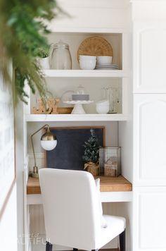 Butcher block for built in desk Kitchen Desks, Kitchen Nook, Painting Kitchen Cabinets, Kitchen Paint, Wooden Kitchen, Christmas Kitchen, Simple Christmas, Cozy Christmas, Buffet
