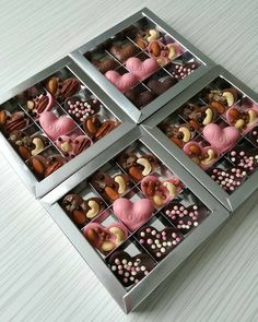 Homemade Chocolate Bars, Chocolate Candy Recipes, Chocolate Covered Treats, Chocolate Bark, Chocolate Truffles, Valentine Desserts, Cute Desserts, Dessert Recipes, Valentines
