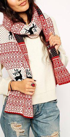 Cute reindeer scarf