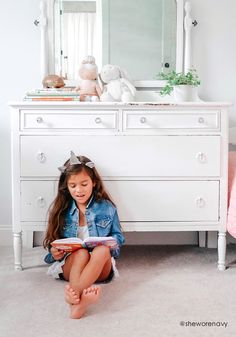 Shop online for cute kids clothes and shoes with FabKids. FabKids delivers high quality, ready-to-play boys and girls clothing & shoes every month! Stunning Girls, Beautiful Little Girls, Gorgeous Feet, Cute Girls, Teen Girl Outfits, Cute Outfits For Kids, White Kids Room, Barefoot Kids, Cute Girl Dresses