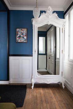L'entrée de l'appartement de Camille Omerin