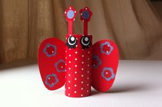 farfalla di carta rossa