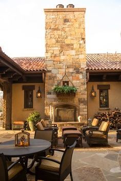 Tuscan Villa - mediterranean - patio - houston - Ellis Custom Homes LLC