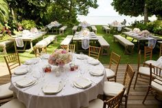 Photography: Anna Kim Photography - annakimphotography.com Coordinator: Finishing Touch Hawaii - finishingtouchhawaii.com Floral Design: Flowergirls - flowergirlshawaii.com  Read More: http://www.stylemepretty.com/destination-weddings/hawaii-weddings/2013/03/04/honolulu-beyer-estate-wedding-from-anna-kim-photography/