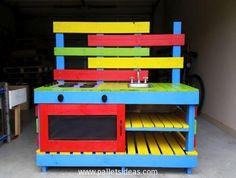 Outdoor Pallets Kitchen Unit for Kids