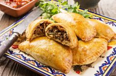 Mexican beef empanadas are tasty stuffed pastry pockets you can eat any time of the day. You can even serve them as appetizers for your dinner party. Beef Recipes For Dinner, Mexican Food Recipes, Cooking Recipes, Mexican Cooking, Meat Recipes, Beef Dishes, Food Dishes, Main Dishes, Granny's Recipe