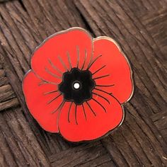 A dreamy little store to grab your favorite pins. by DreamMakerPins Poppy Badges, Poppy Pins, Military Pins, Poppies Tattoo, Flanders Field, Painted Rocks Kids, Remembrance Day, Pin And Patches, Hat Pins