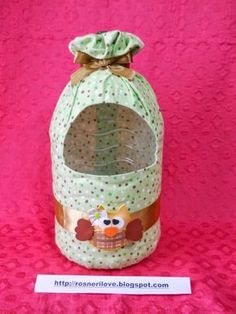 Como Fazer Puxa Saco: 36 Estilos com Passo a Passo How to Bag Pull: 36 Styles with Step by Step Diy Home Crafts, Crafts For Kids, Arts And Crafts, Plastic Bottle Crafts, Recycle Plastic Bottles, Plastic Art, Fabric Crafts, Sewing Crafts, Paper Crafts