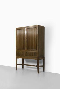 Carl Malmsten master cabinet by Hjalmar Wikströms möbelsnickeri at Studio Schalling