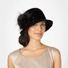 Site has a great selection of hats and turbans in vintage styles