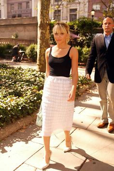 Ashley Olsen basic tank frilly skirt