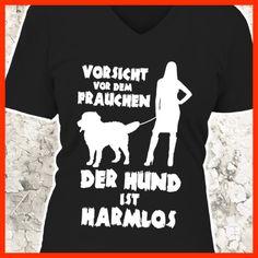 Vorsicht vor dem Frauchen - der Hund ist harmlos (Berner Sennenhund)  COOLES SHIRT, EXKLUSIVES MOTIV, LUSTIGER SPRUCH! Unser lustiges Hunde Sprüche Shirt / Hoodie ist das ideale Geschenk für Hundehalter, Hundebesitzer, Frauen & Frauchen!  Hund / Hundeshirt / Funshirt / Hundesprüche-Shirt / Spruch-Shirt / Motiv-Shirt / T-Shirt Motive / Langarmshirt / Ladyshirt / Top / Sweatshirt / Hoodie / Kapuzenshirt / Kapuzenpullover / Damen Hoodie / Pullover Bluse