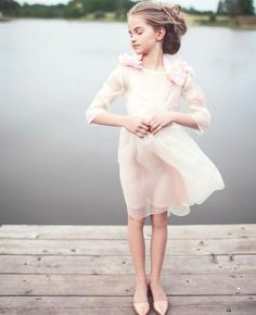 Aristocrat Kids – A Royal Tale tells a magical story through their newest Spring/Summer collection, Water Lily. Little Girl Dresses, Flower Girl Dresses, Magazines For Kids, Kids Shorts, Look Chic, Beautiful Children, Kind Mode, Kids Wear, Baby Dress