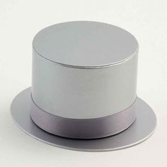 Add style to any wedding reception with the sophisticated and stylish Silver Top Hat Boxes. These elegant favour boxes will compliment any colour scheme and many different themes. Fill with small favours as a great thank you gift. Wedding Favours, Wedding Themes, Wedding Reception, Hat Boxes, Favor Boxes, Silver Tops, Bottle Stoppers, Thank You Gifts, Color Schemes