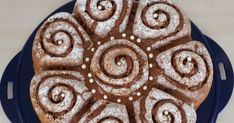 Bu keki hafta sonu keki pişirip bir butiğe götürmüştüm..)) Malzemeler:125 gr tereyağ,5 yumurta,220 gr şeker,1 paket vanilya şekeri,minic...