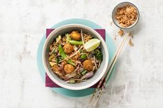Chinese vegaroerbak met hoisin en groenteballetjes