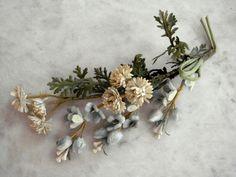 Vintage 1940's millinery flower tiny beige flowers blue velvet buds  leaves