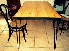 DIY_Dinner Table made of steel and Solid Pine Surface