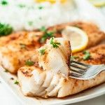 Easy Lemon Butter Fish in 15 Minutes This salt baked fish recipe is fish crusted in salt and slid in the oven and baked until moist and tender and perfect. easy lemon b. Cod Fish Recipes, Seafood Recipes, Dinner Recipes, Cooking Recipes, Grilled Fish Recipes, Fish Recipes Low Sodium, Tilipa Recipes, Drink Recipes, Flounder Recipes