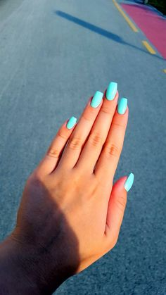 Bright turpoase colour for summer. Shows really nice on tanned hands. I suggest adding sugar sparkles on one/two nails but of you want to keep it simple don't.