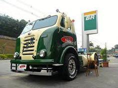 Resultado de imagem para antigo caminhão MATADOR