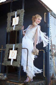 The Roaring '20s: Great Gatsby Wedding Theme   Wedding Blog ...