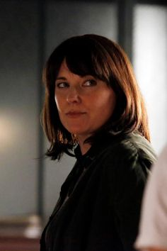First Look At Lucy Lawless As 'Agent Isabelle Hartley' In AGENTS OF S.H.I.E.L.D.