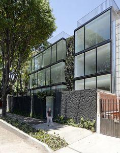 Edifício de apartamentos Michelet / Dellekamp Arquitectos
