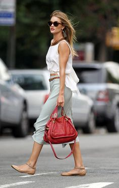 love the outfit and shoes