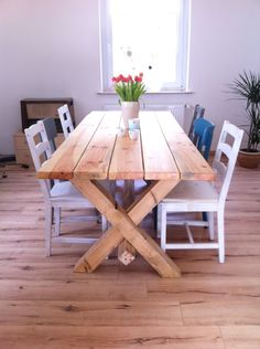 Tisch selber bauen The Effective Pictures We Offer You About farmhouse decor diy do it yourself A quality picture can tell you many things. Farmhouse Table, Farmhouse Decor, Diy Esstisch, Build A Table, Sweet Home, Diy Dining Table, Wooden Tables, Table Furniture, Furniture Design