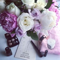 A day of Romance in pink shades  with @odealarose #Diptyque candles @chanelofficial @la_reveuse_ny cards my #JLfavorite @gasbijoux #bracelets #odealarose #gasbijoux