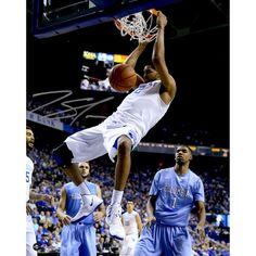 Karl-Anthony Towns Kentucky Wildcats Fanatics Authentic Autographed 8'' x 10'' Dunking Photograph - $99.99