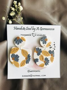 Diy Earrings Polymer Clay, Cute Polymer Clay, Polymer Clay Projects, Polymer Clay Charms, Clay Crafts, Polymer Clay Embroidery, Clay Design, Bijoux Diy, Clay Beads